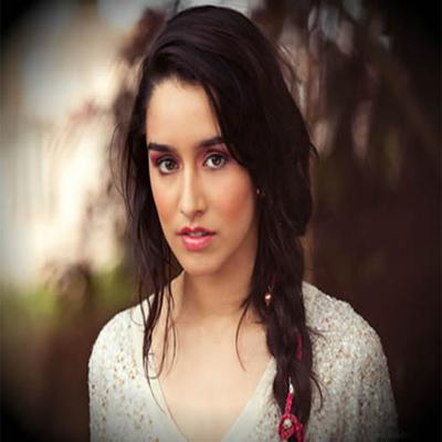 https://www.indiantelevision.com/sites/default/files/styles/smartcrop_800x800/public/images/movie-images/2015/08/19/Shraddha%20Kapoor.jpg?itok=rC5DRWrM