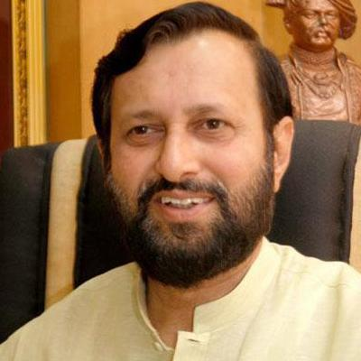 http://www.indiantelevision.com/sites/default/files/styles/smartcrop_800x800/public/images/regulators-images/2014/05/31/prakash%20Javadekar.jpg?itok=fTMLgTtl