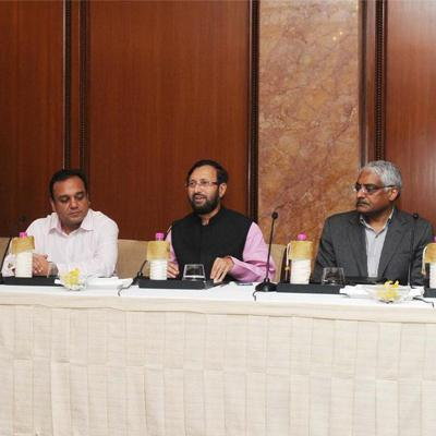http://www.indiantelevision.com/sites/default/files/styles/smartcrop_800x800/public/images/regulators-images/2014/09/10/pk.jpg?itok=YxhAauTw