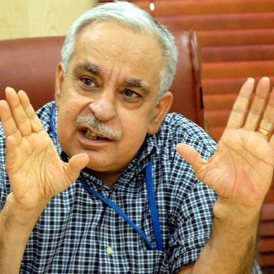 http://www.indiantelevision.com/sites/default/files/styles/smartcrop_800x800/public/images/regulators-images/2014/09/22/Rahul_Khullar.jpg?itok=lzQcqM-K