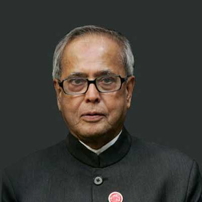https://www.indiantelevision.com/sites/default/files/styles/smartcrop_800x800/public/images/regulators-images/2015/02/23/m_id_446368_pranab_mukherjee-1411212252-1416379854.jpg?itok=xmTV5ft3