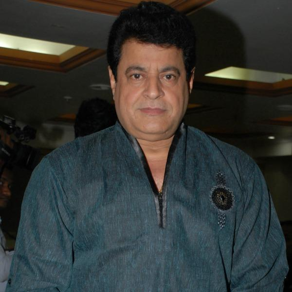 http://www.indiantelevision.com/sites/default/files/styles/smartcrop_800x800/public/images/regulators-images/2016/01/08/361385-gajendra-chauhan-ed.jpg?itok=5TBqW5lH