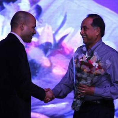 http://www.indiantelevision.com/sites/default/files/styles/smartcrop_800x800/public/images/tv-images/2013/12/09/el9w4aaz.jpg?itok=2LBJGQvM