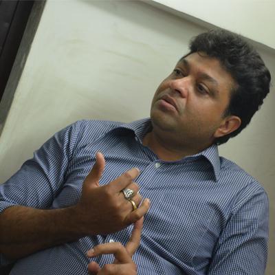 http://www.indiantelevision.com/sites/default/files/styles/smartcrop_800x800/public/images/tv-images/2014/02/27/DSC_7537_0.JPG?itok=yZWFvpRI