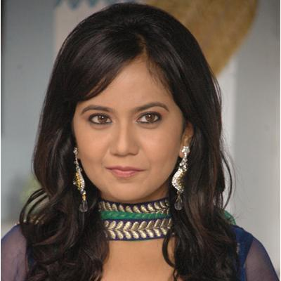 https://www.indiantelevision.com/sites/default/files/styles/smartcrop_800x800/public/images/tv-images/2014/05/02/Gunjan-1.jpg?itok=W5SVwptm