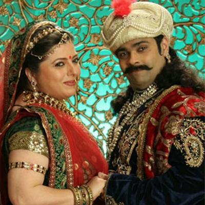 https://www.indiantelevision.org.in/sites/default/files/styles/smartcrop_800x800/public/images/tv-images/2014/05/10/akbar-birbal-319.jpg?itok=IMTg9sxK