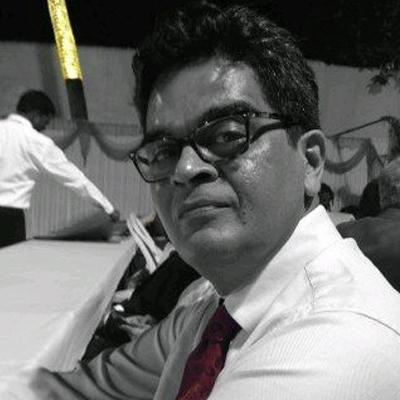 https://www.indiantelevision.com/sites/default/files/styles/smartcrop_800x800/public/images/tv-images/2014/05/17/paritosh.JPG?itok=x89tktBV