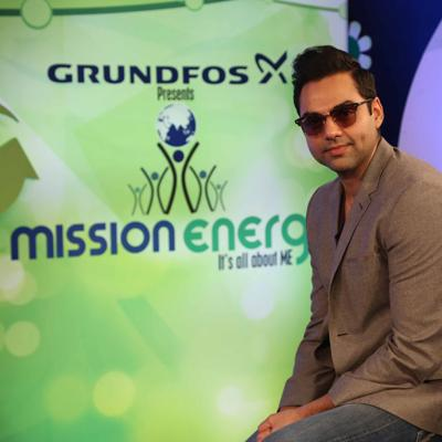 http://www.indiantelevision.com/sites/default/files/styles/smartcrop_800x800/public/images/tv-images/2014/06/06/ABHAYDEOL.jpg?itok=5PiotYPb
