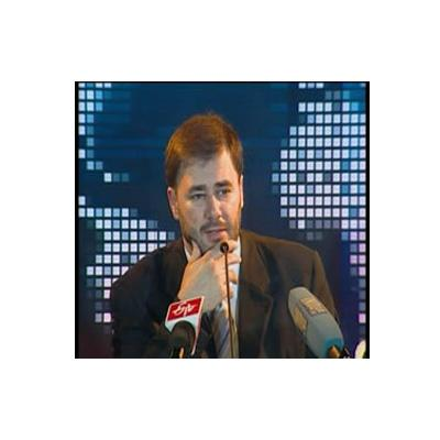http://www.indiantelevision.com/sites/default/files/styles/smartcrop_800x800/public/images/tv-images/2014/08/21/12v.jpg?itok=xBKSw8kR