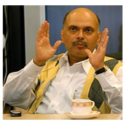 http://www.indiantelevision.com/sites/default/files/styles/smartcrop_800x800/public/images/tv-images/2014/08/21/a_60.jpg?itok=hiDoO5MI