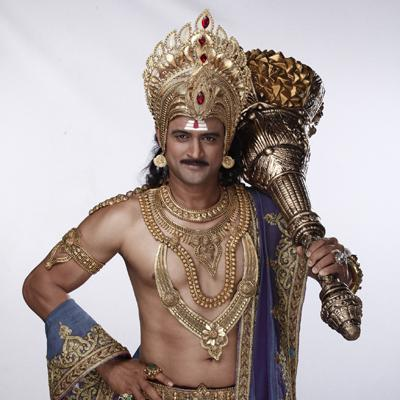 http://www.indiantelevision.com/sites/default/files/styles/smartcrop_800x800/public/images/tv-images/2014/12/04/Manav%20Gohil%20as%20Yam%20from%20SAB%20TV%27s%20new%20serial%20-%20Yam%20Hain%20Hum..JPG?itok=FmBIrnIh