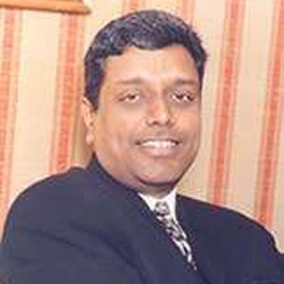 http://www.indiantelevision.com/sites/default/files/styles/smartcrop_800x800/public/images/tv-images/2015/09/21/gkrishnan.jpg?itok=bAATNGw0