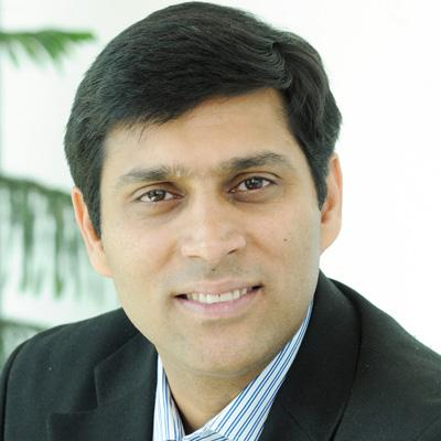 http://www.indiantelevision.com/sites/default/files/styles/smartcrop_800x800/public/images/tv-images/2015/09/30/Mohit%20Anand.jpg?itok=fz1fWVRu