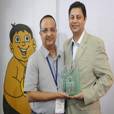 https://www.indiantelevision.com/sites/default/files/styles/smartcrop_800x800/public/images/tv-images/2015/10/12/Licensor%20of%20the%20Year%20Award.jpg?itok=lCuuFRD5