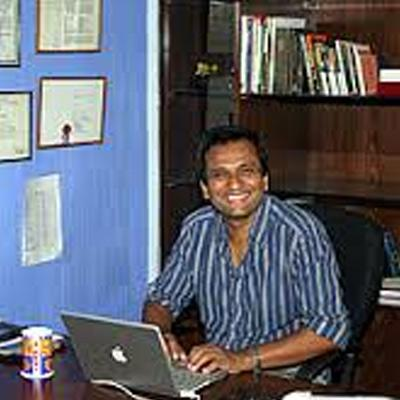 http://www.indiantelevision.com/sites/default/files/styles/smartcrop_800x800/public/images/tv-images/2015/11/04/Untitled-1_20.jpg?itok=qR4BCFTv