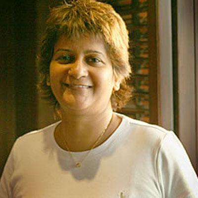 http://www.indiantelevision.com/sites/default/files/styles/smartcrop_800x800/public/images/tv-images/2015/12/15/Sunita%20Rajan.jpg?itok=Sy72vN-d