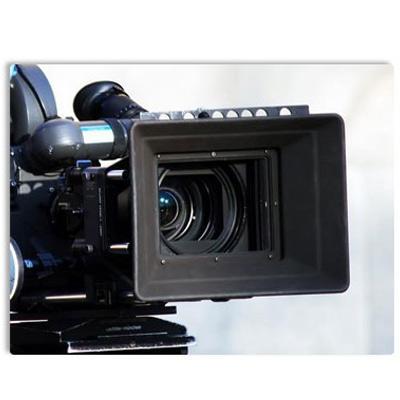 http://www.indiantelevision.com/sites/default/files/styles/smartcrop_800x800/public/images/tv-images/2015/12/28/tv-journilism.jpg?itok=b-DVBwi_