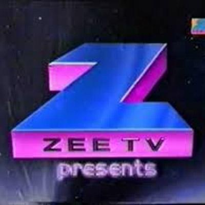 http://www.indiantelevision.com/sites/default/files/styles/smartcrop_800x800/public/images/tv-images/2016/01/08/Untitled-1_15.jpg?itok=xaSzc4LO