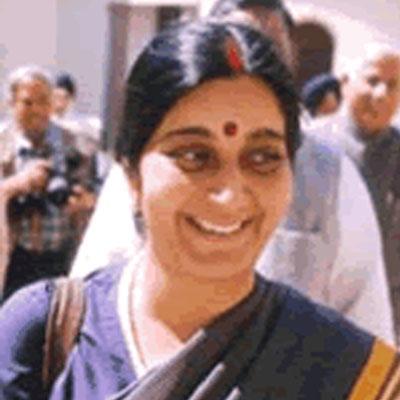 http://www.indiantelevision.com/sites/default/files/styles/smartcrop_800x800/public/images/tv-images/2016/04/23/Sushma%20Swaraj.jpg?itok=-R0wkS-i