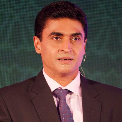 http://www.indiantelevision.com/sites/default/files/styles/smartcrop_800x800/public/images/tv-images/2016/05/02/Mohnish%20Behl.jpg?itok=6irMZdEP