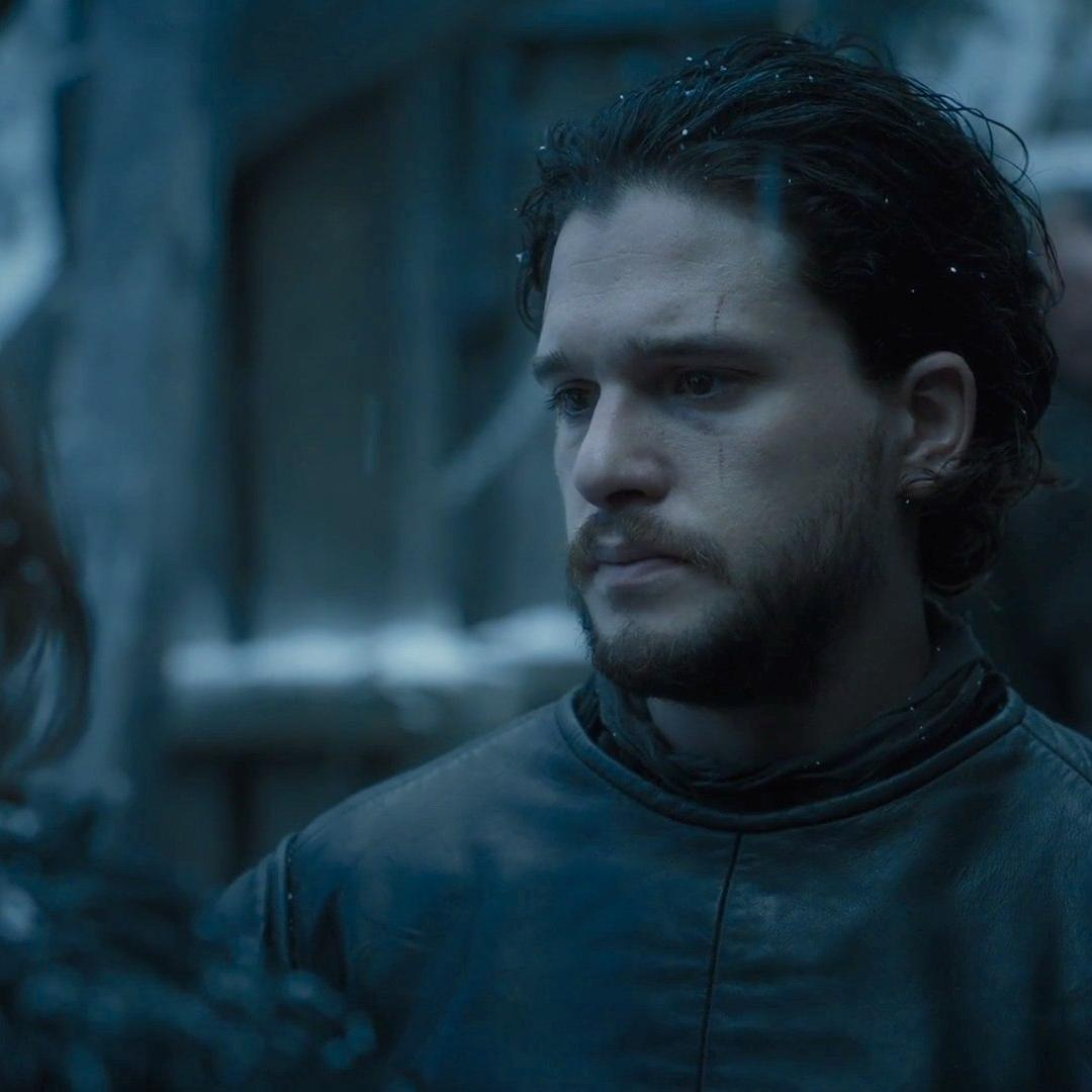 http://www.indiantelevision.com/sites/default/files/styles/smartcrop_800x800/public/images/tv-images/2016/07/20/hbo-cuts-back-on-game-of-thrones-what-fewer-episodes-means-for-season-7-1063263.jpg?itok=CSYbMCwL