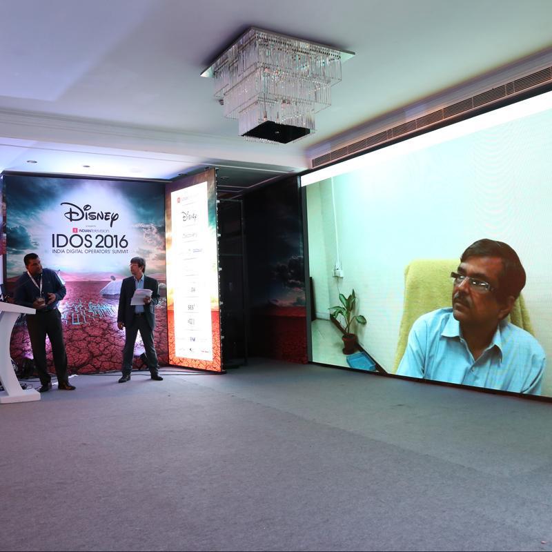 http://www.indiantelevision.com/sites/default/files/styles/smartcrop_800x800/public/images/tv-images/2016/10/01/Sunil-Kumar.jpg?itok=9heMkWb7