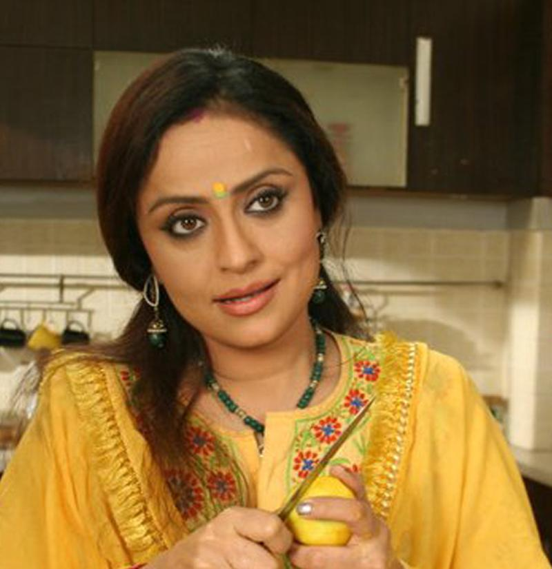 https://www.indiantelevision.com/sites/default/files/styles/smartcrop_800x800/public/images/tv-images/2016/10/07/vaishnavi800x800.jpg?itok=uMcbXlcv