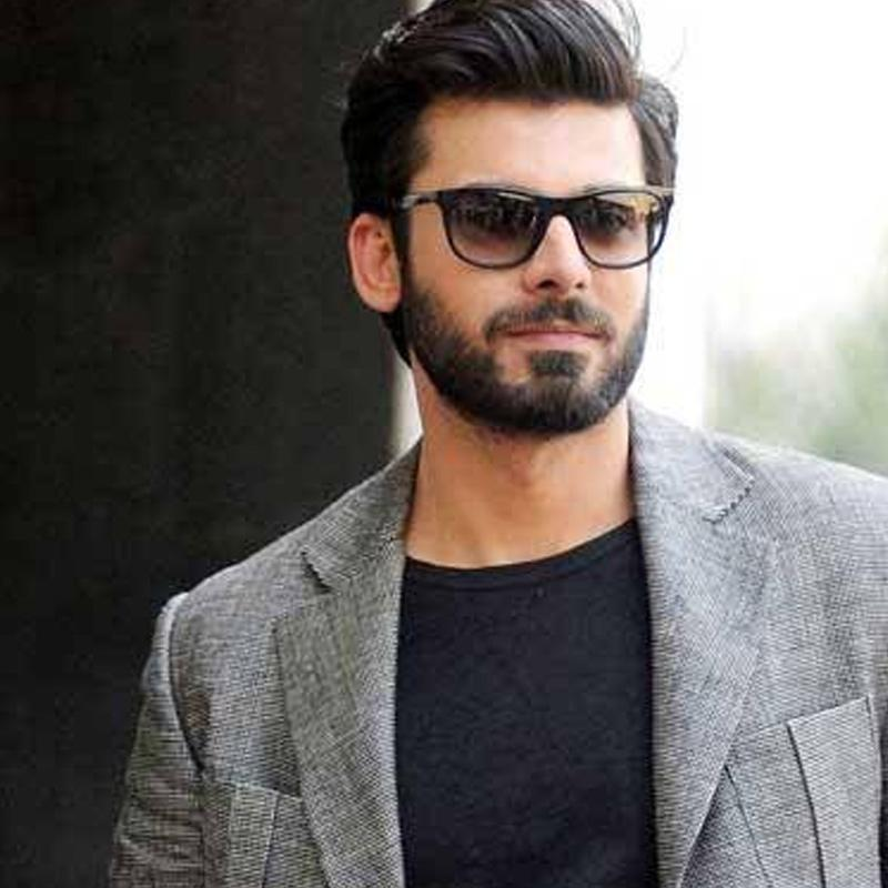 https://www.indiantelevision.com/sites/default/files/styles/smartcrop_800x800/public/images/tv-images/2016/10/20/fawad-khan-800x800.jpg?itok=01fhyq4J