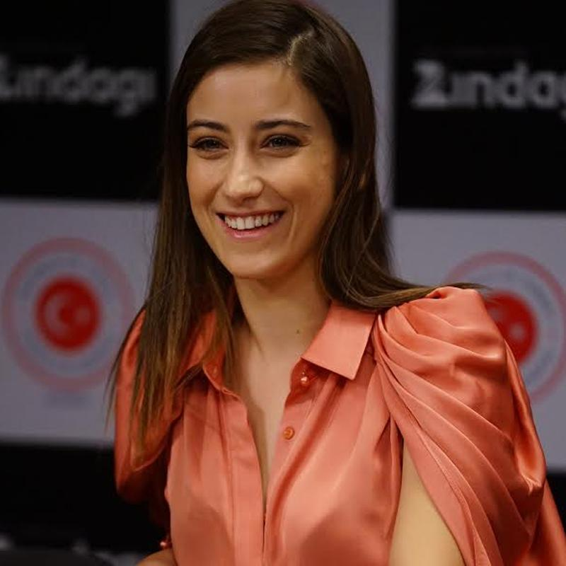 http://www.indiantelevision.com/sites/default/files/styles/smartcrop_800x800/public/images/tv-images/2016/11/01/HazalKaya-800x800_0.jpg?itok=oMNJR3xP