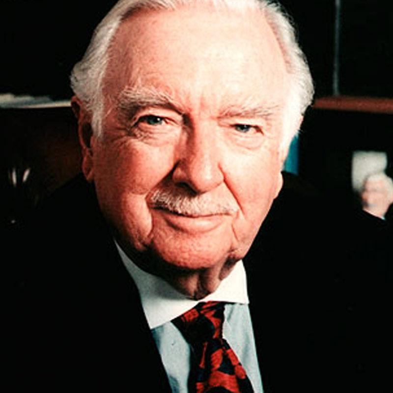 http://www.indiantelevision.com/sites/default/files/styles/smartcrop_800x800/public/images/tv-images/2017/01/17/Walter-Cronkite.jpg?itok=V7PNgQVo