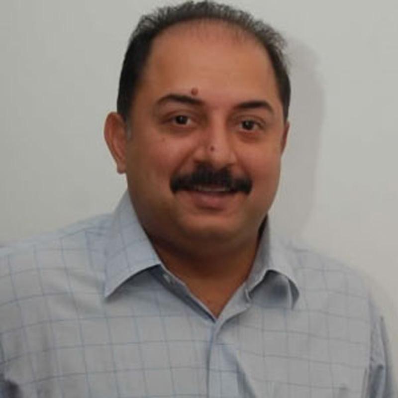 http://www.indiantelevision.com/sites/default/files/styles/smartcrop_800x800/public/images/tv-images/2017/01/18/Arvind%20Swamy-800x800.jpg?itok=VE3rrKZa