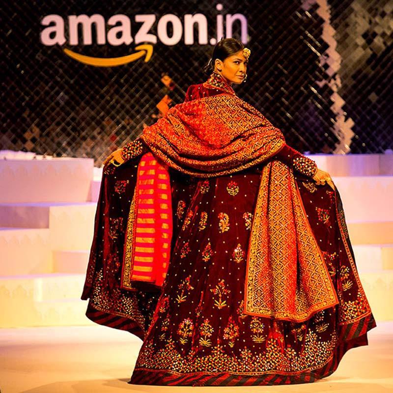 https://www.indiantelevision.com/sites/default/files/styles/smartcrop_800x800/public/images/tv-images/2017/01/28/Amazon-fashion.jpg?itok=BplzUiUg