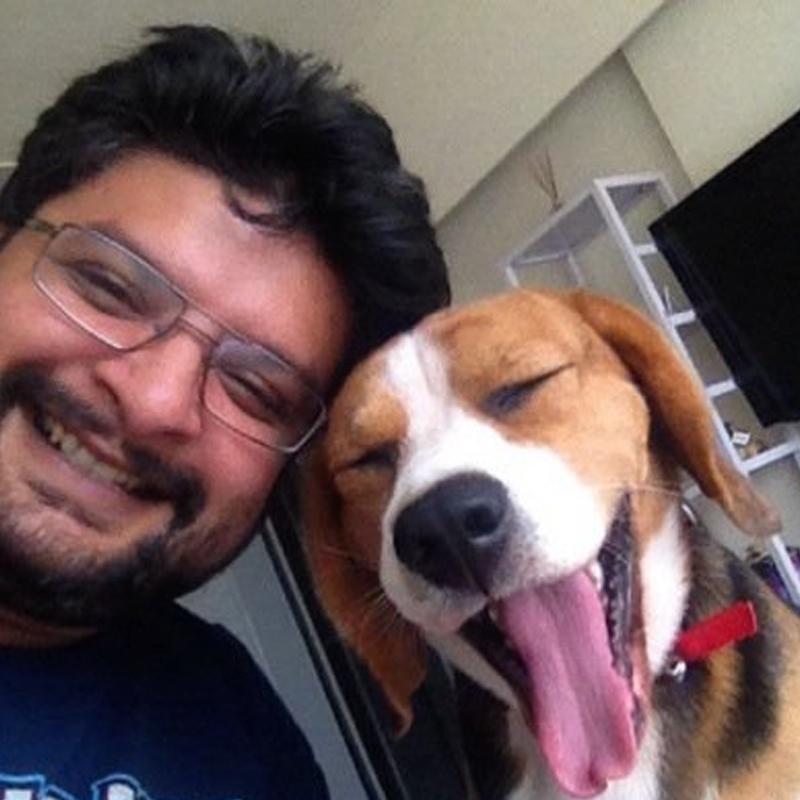 https://www.indiantelevision.com/sites/default/files/styles/smartcrop_800x800/public/images/tv-images/2017/09/07/Tarun_Tripathi.jpg?itok=FNvzkXYt