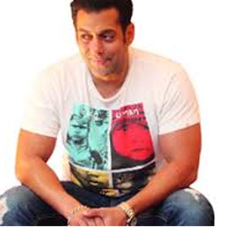 http://www.indiantelevision.com/sites/default/files/styles/smartcrop_800x800/public/images/tv-images/2017/09/22/salman_0.jpg?itok=l6SqVMcF