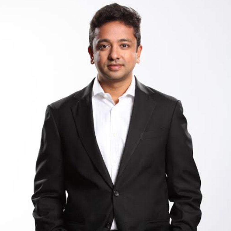https://www.indiantelevision.com/sites/default/files/styles/smartcrop_800x800/public/images/tv-images/2017/11/07/abhishek.jpg?itok=CLIxUD56
