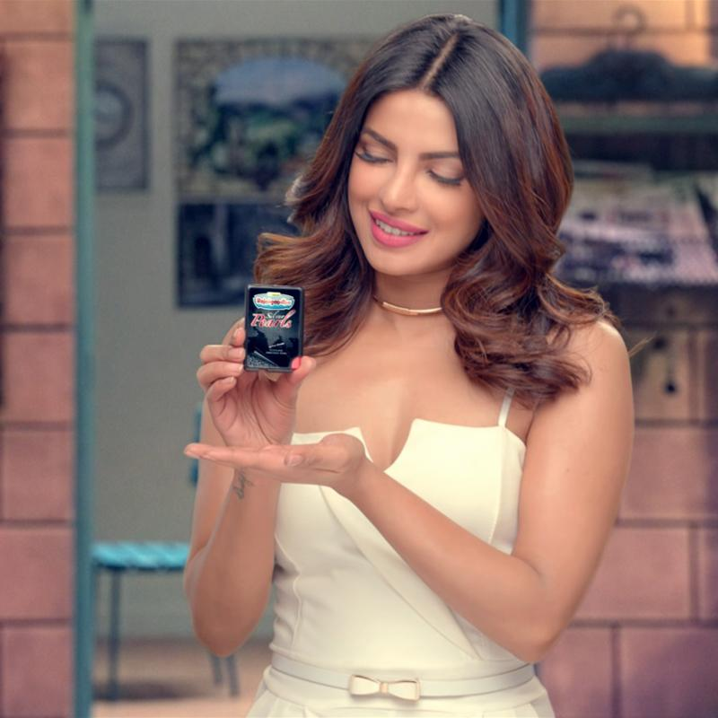 https://www.indiantelevision.com/sites/default/files/styles/smartcrop_800x800/public/images/tv-images/2017/11/29/priyanka.jpg?itok=w9dyWURZ