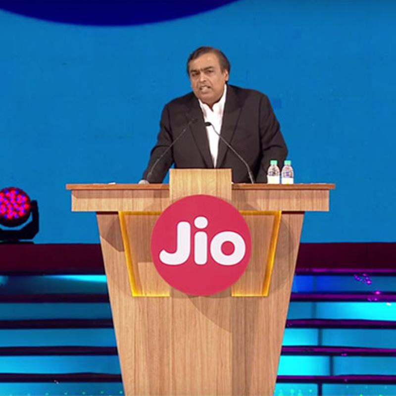 https://www.indiantelevision.com/sites/default/files/styles/smartcrop_800x800/public/images/tv-images/2018/01/20/Mukesh-Ambani.jpg?itok=NtajcuSJ