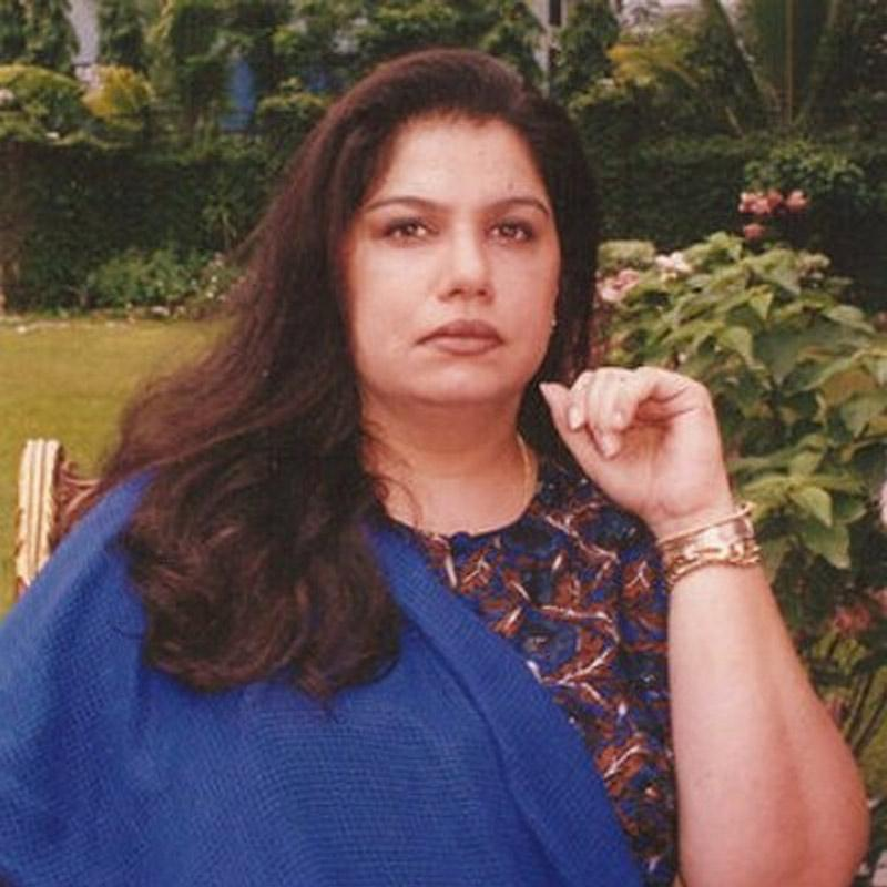 http://www.indiantelevision.com/sites/default/files/styles/smartcrop_800x800/public/images/tv-images/2018/01/23/Mona-Kapoor.jpg?itok=1qFPHhRK