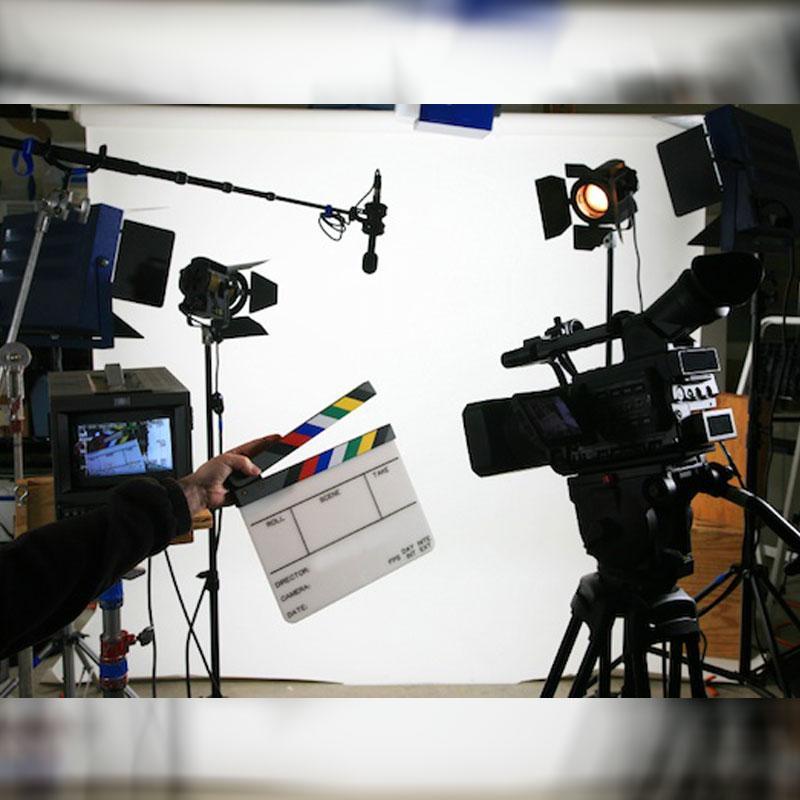 https://www.indiantelevision.com/sites/default/files/styles/smartcrop_800x800/public/images/tv-images/2018/03/06/mofam_0.jpg?itok=GCOBv4cS