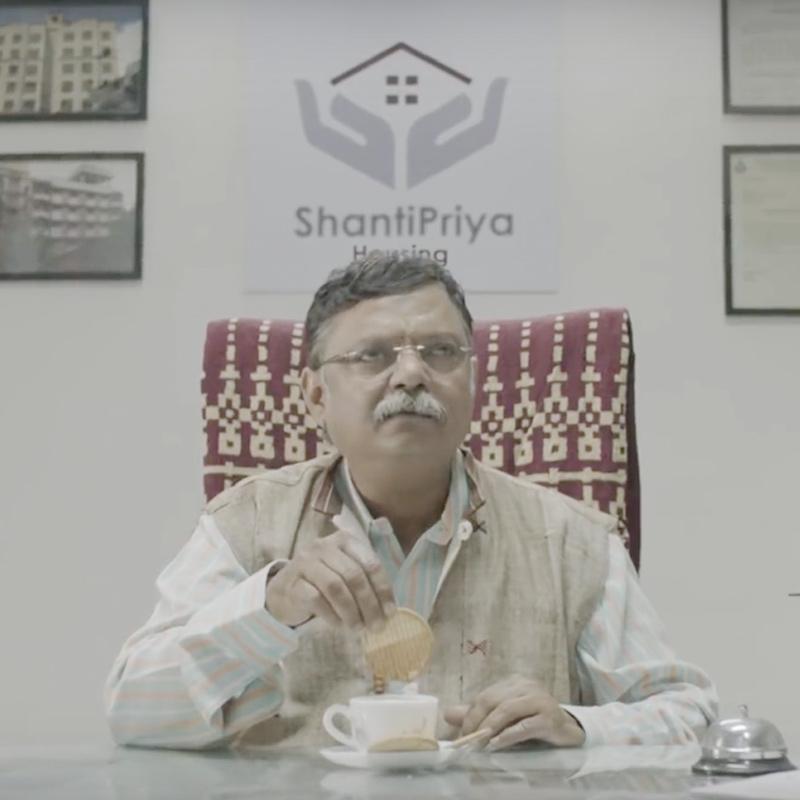 https://www.indiantelevision.com/sites/default/files/styles/smartcrop_800x800/public/images/tv-images/2018/03/07/GoDaddy.jpg?itok=h5w3tzmA