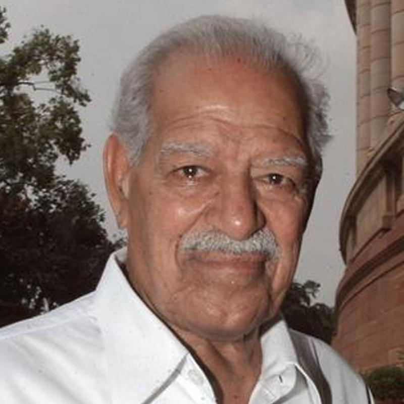http://www.indiantelevision.com/sites/default/files/styles/smartcrop_800x800/public/images/tv-images/2018/03/20/Dara-Singh.jpg?itok=GZgfQ1VA