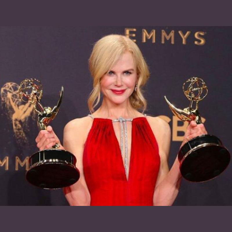 http://www.indiantelevision.com/sites/default/files/styles/smartcrop_800x800/public/images/tv-images/2018/06/15/emmys.jpg?itok=s6tKg966