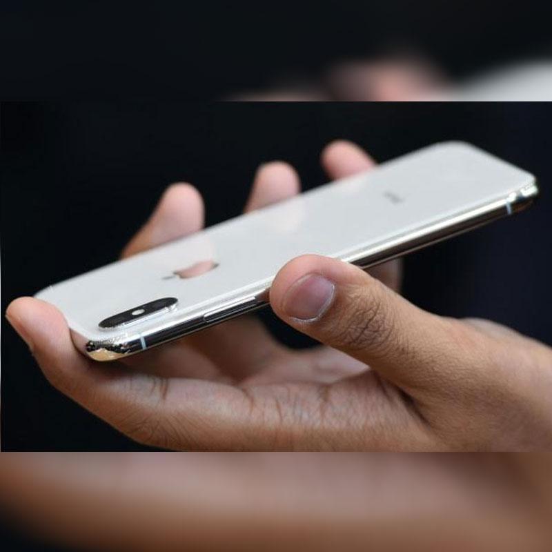 http://www.indiantelevision.com/sites/default/files/styles/smartcrop_800x800/public/images/tv-images/2018/08/06/apple.jpg?itok=t03WlG6d