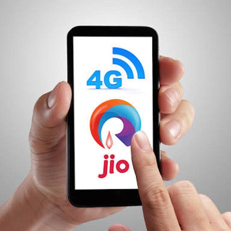 http://www.indiantelevision.com/sites/default/files/styles/smartcrop_800x800/public/images/tv-images/2018/08/17/JIO_4G.jpg?itok=VEFup2DG