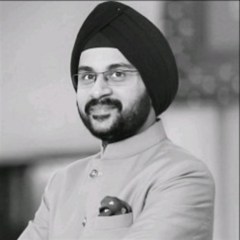 https://www.indiantelevision.com/sites/default/files/styles/smartcrop_800x800/public/images/tv-images/2018/12/05/Tejkaran_Singh_Bajaj.jpg?itok=_LxM6n4j