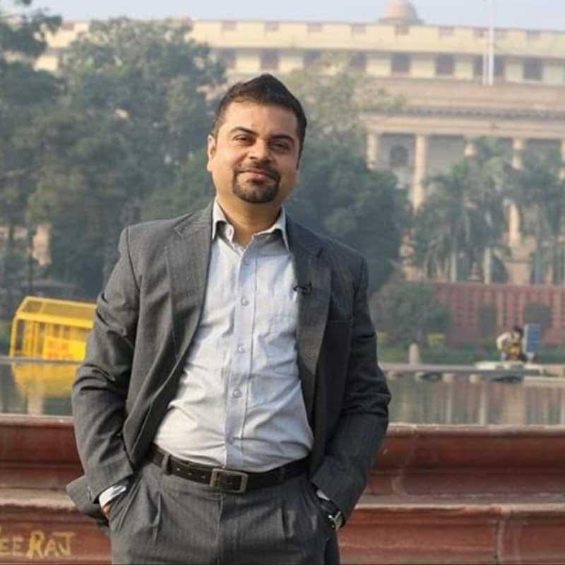https://www.indiantelevision.com/sites/default/files/styles/smartcrop_800x800/public/images/tv-images/2018/12/31/dinesh.jpg?itok=UmE35ALT