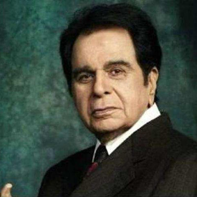 https://www.indiantelevision.com/sites/default/files/styles/smartcrop_800x800/public/images/tv-images/2019/02/08/Dilip-Kumar.jpg?itok=S5A12W70