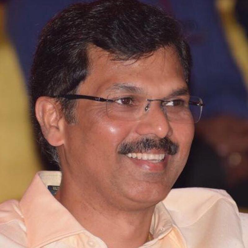 https://www.indiantelevision.com/sites/default/files/styles/smartcrop_800x800/public/images/tv-images/2019/02/11/Sarvesh_Tewari.jpg?itok=jh3IOzFj