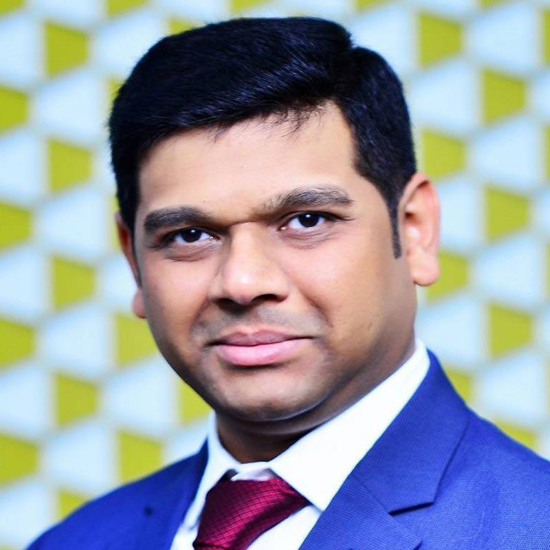 https://www.indiantelevision.com/sites/default/files/styles/smartcrop_800x800/public/images/tv-images/2019/04/19/ashish.jpg?itok=j-h-kgMH