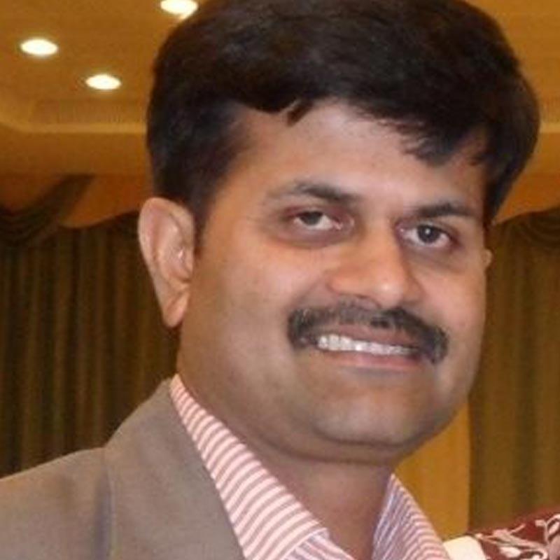 https://www.indiantelevision.com/sites/default/files/styles/smartcrop_800x800/public/images/tv-images/2019/07/01/suriya.jpg?itok=5oWF05Bm